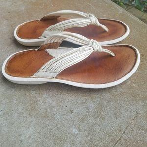 BORN flip flop sandals-ivory